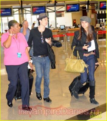 Йен и Нина в аэропорту ЛА [1 октября]