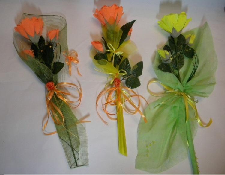 Букетики из конфет своими руками фото
