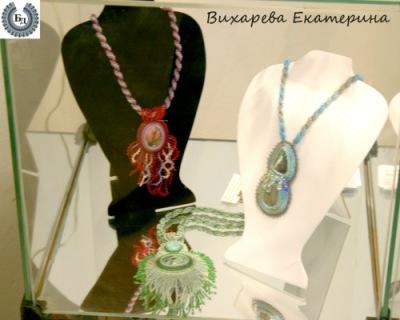 """Выставка  """"Бисерный Дизайн.  Новая Волна 2011 """" - открыта!"""